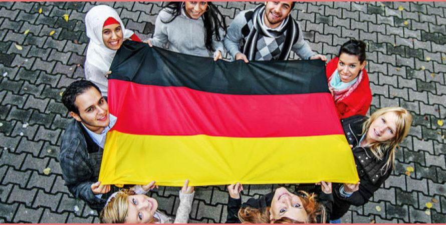 ما هي اجراءات اللجوء الى المانيا ومتى يحق للاجيء التقدم بطلب اللجوء الى المانيا؟