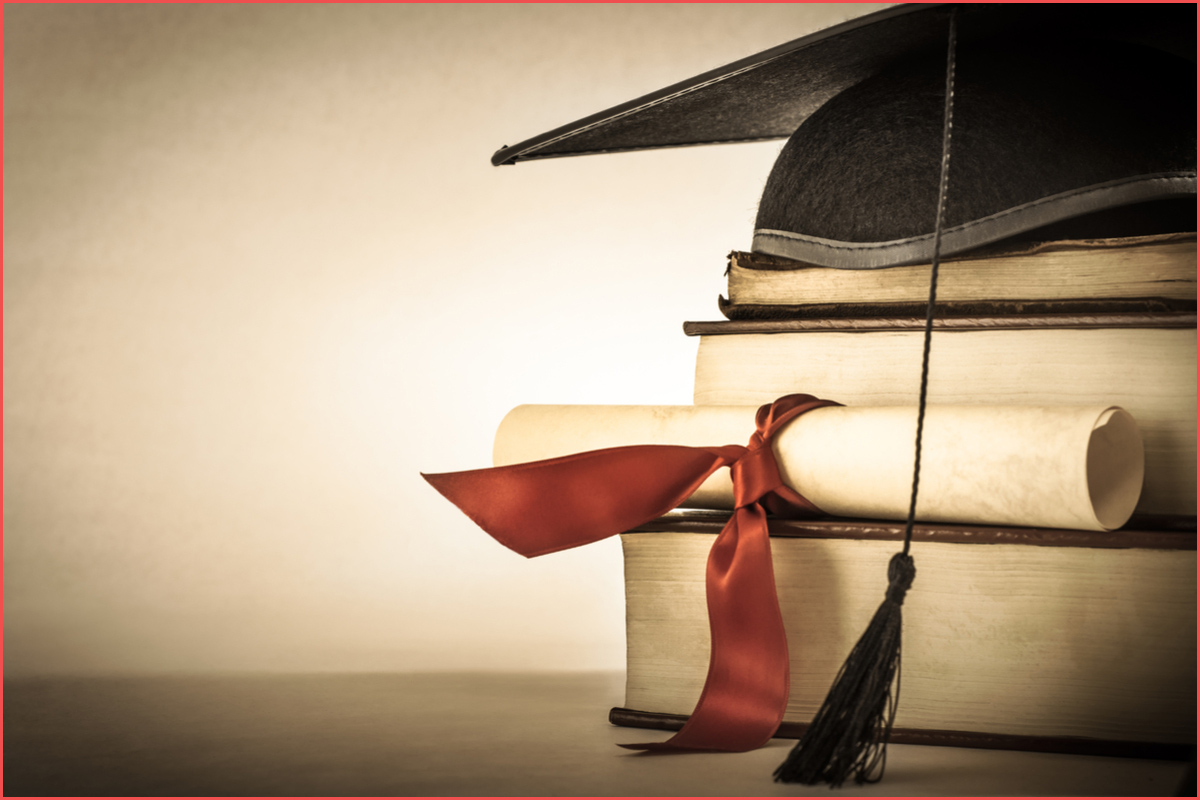 منح دراسية مجانية للجزائريين 2020/ 2021