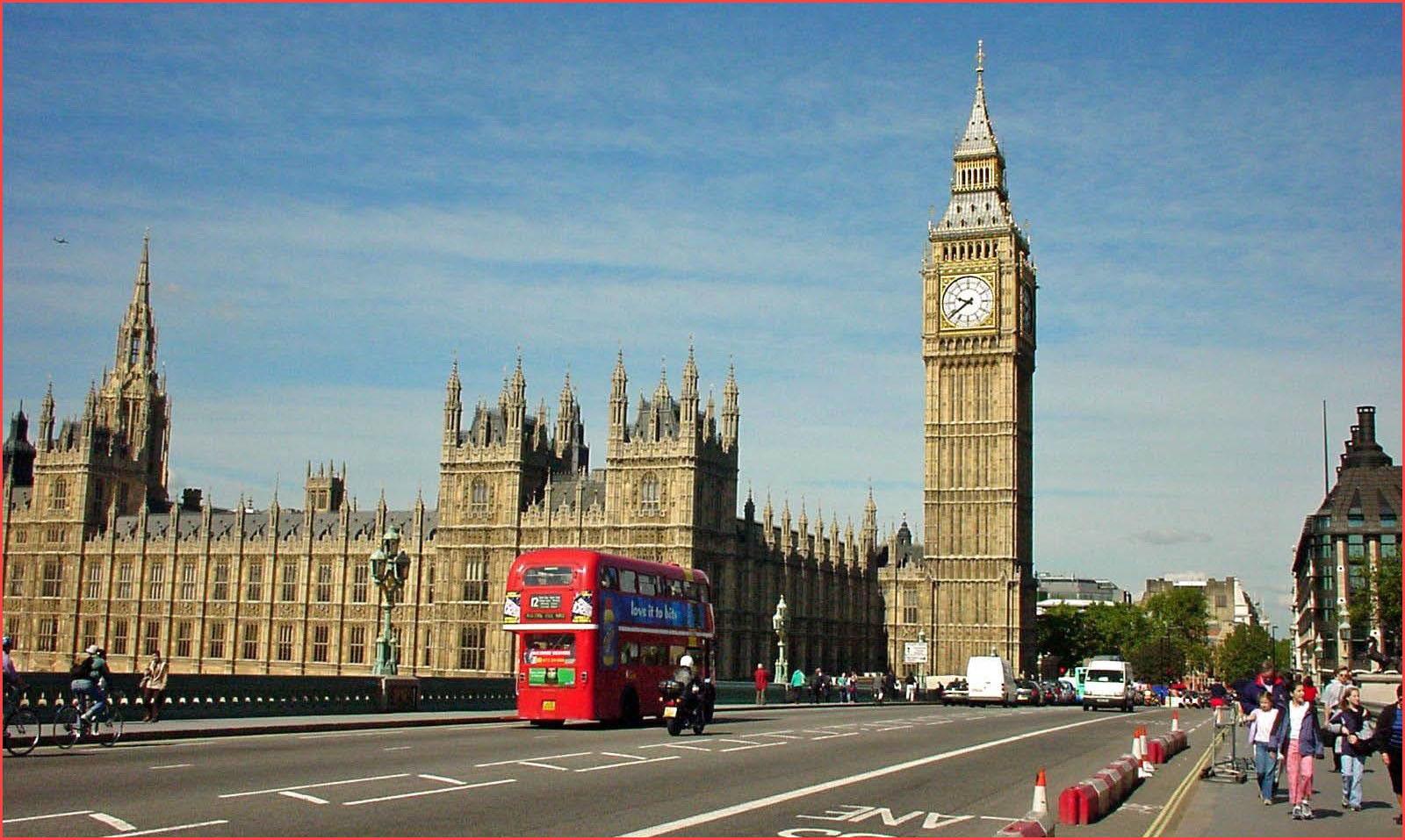 الدراسة في بريطانيا مجانا